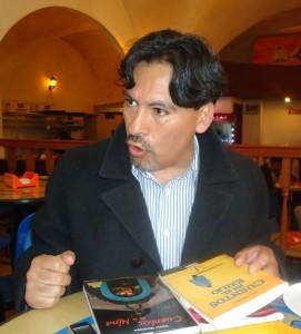 Escritor boliviano, Víctor Montoya