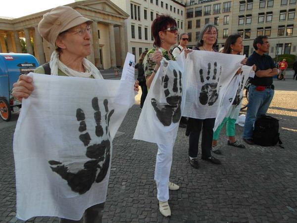 Las manos Sucias de Washo Valenzuela de Ecuador