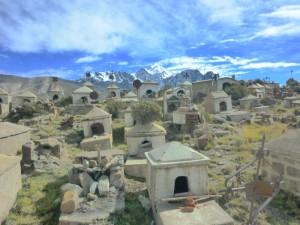 Cementerio minero de Milluni